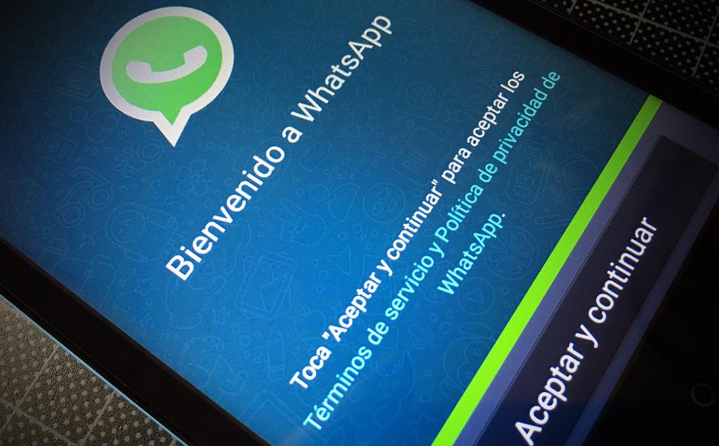 ¿Puede WhatsApp ceder nuestros datos personales a Facebook?